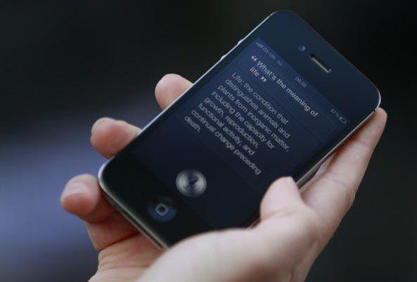 Пользователи iPhone 4S используют в два раза больше интернет трафика, чем пользователи iPhone 4