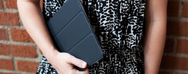 А Вы уже хотите новый чехол Griffin Intelli Case Black для своего iPad 2?