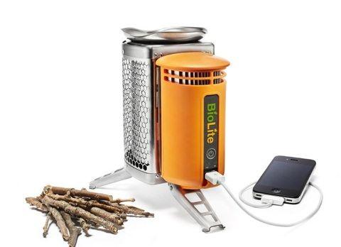 BioLite Camping Stove  - зарядка с помощью огня