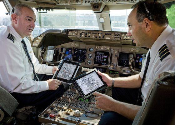 ВВС США покупают партию планшетов iPad на сумму $ 9 млн.