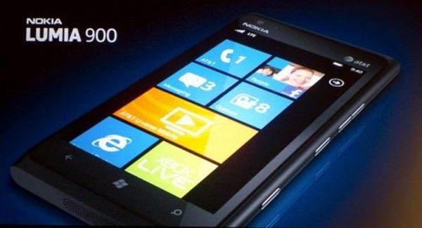 В AT&T уверены, что предстоящий выход Nokia Lumia 900 затмит продажи iPhone