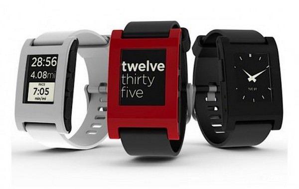 Pebble - интересные часы для iPhone [Аксессуары]