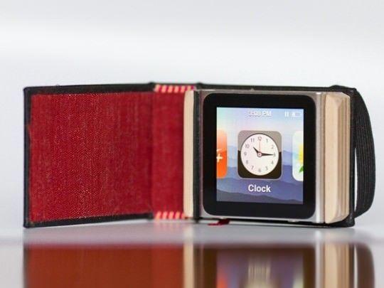 Hand-made чехол The Littlest Black Book для iPod Nano [Аксессуары]