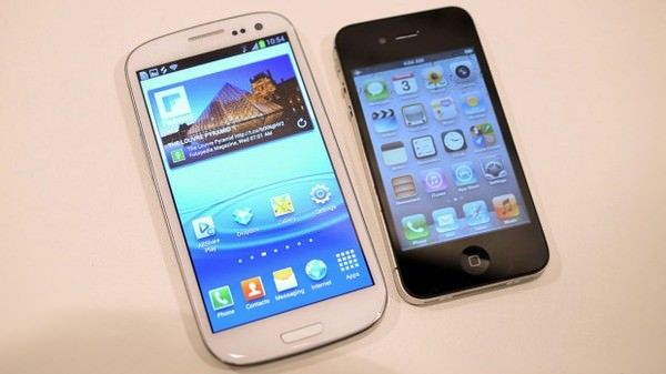 "Представлен очередной ""убийца"" iPhone - Samsung GALAXY S III"