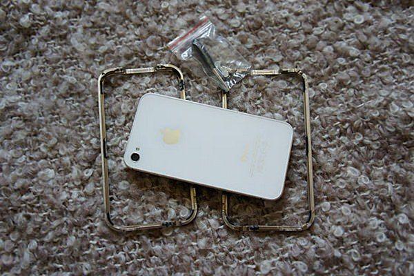 Titanium самый стильный и надежный бампер для iPhone 4 и iPhone 4S [Аксессуары / Обзор / Видео]