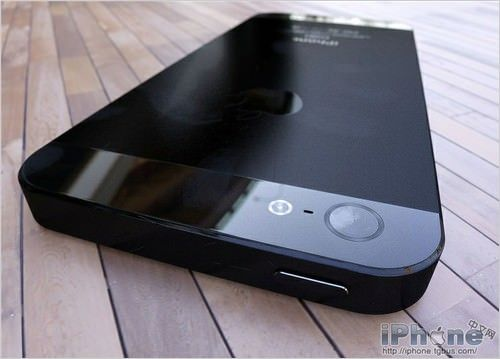 iPhone 5 - лидер рынка смартфонов в 2013 году
