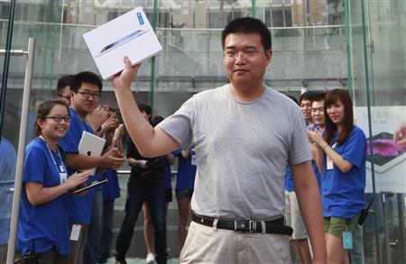 Reuters: В Китае нет длинных очередей за iPad 3 (The New IPad)