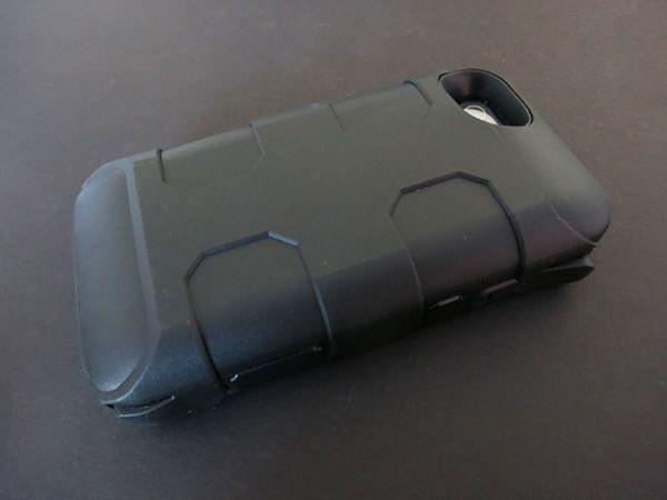 Ультрапрочный чехол-зарядка Morphie Juice Pack Pro для iPhone 4/4s