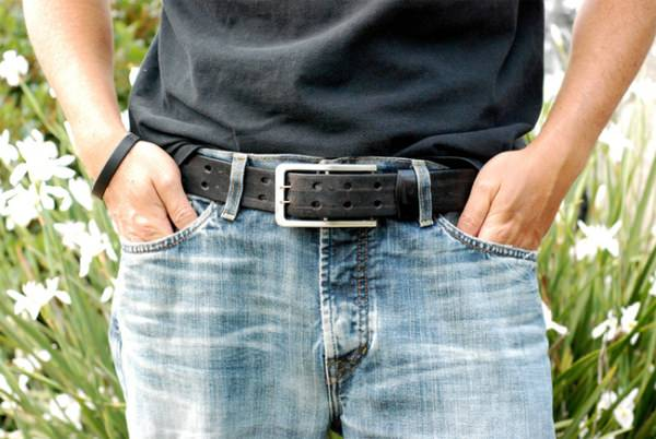 Volt Buckle - это ремень для джинсов с зарядкой для iPhone [Аксессуары]