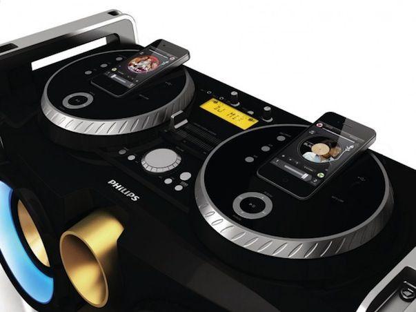 Фантастическая диджейская станция Philips iPhone Mini Hi-Fi System [Обзор]