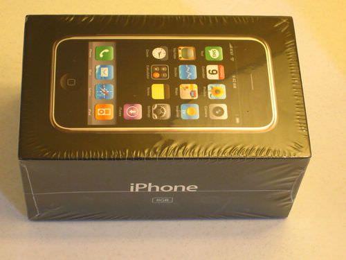 Запечатанный iPhone первого поколения продается на Ebay за  000