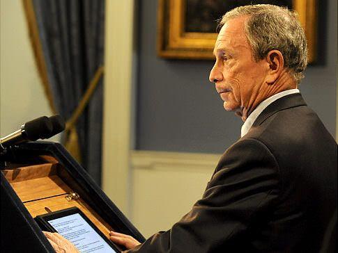 Депутаты потратили почти миллион рублей на покупку iPad