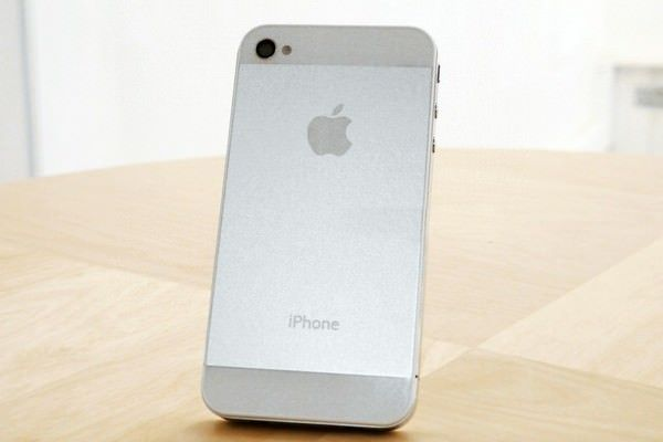 Как превратить свой iPhone 4/4S в новый iPhone 5? [Аксессуары]