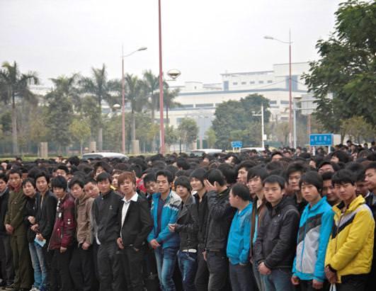 Для сборки iPhone 5 привлекают китайских студентов