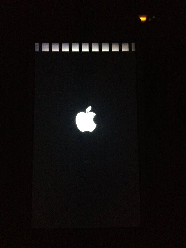 Выявлен новый дефект на корпусах некоторых белых iPhone 5