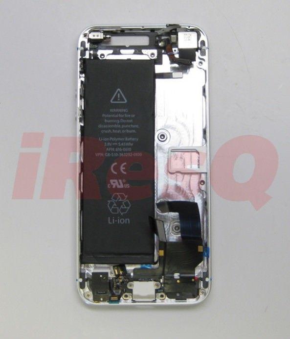 Новые фотографии аккумулятора iPhone 5