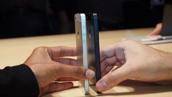 Отзывы журналистов, пощупавших iPhone 5