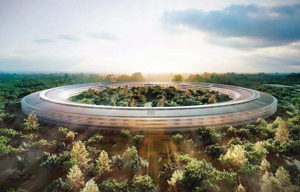 Годовой отчет Apple показывает значительный финансовый рост во всех сферах своей деятельности
