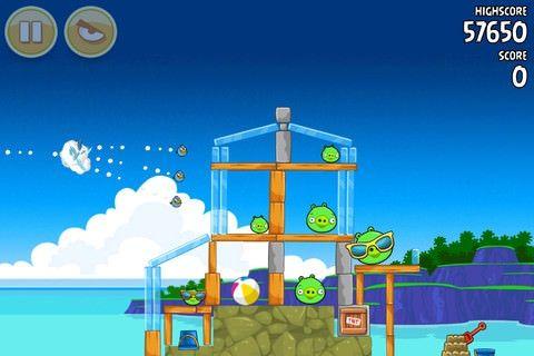 В игре Angry Birds появилось 30 новых улетных уровней, в том числе уровни, посвященные свинкам
