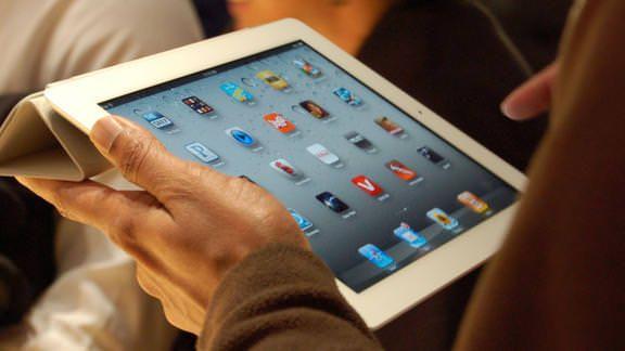 Samsung планирует прекратить поставки дисплеев для Apple