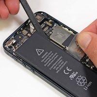 Еще одна беда iPhone 5 - плохо закрепленный аккумулятор