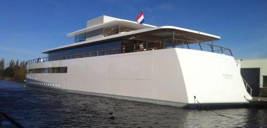 Первые фото и видео Венеры - яхты Стива Джобса, которую смогли завершить только через год после его смерти