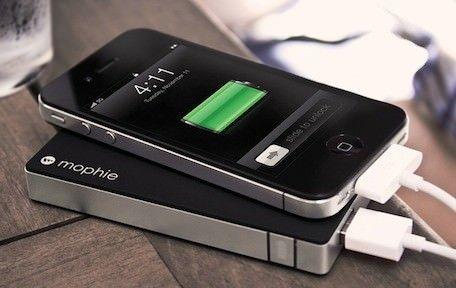 Mophie Juice Pack Powerstation - внешний аккумулятор для iPhone и iPad