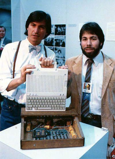 Эволюция устройств Apple. Компьютер Apple IIc 1984 год. (выпуск 8)