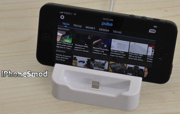 На eBay уже можно купить неофициальные Lightning док-станции и USB-кабели