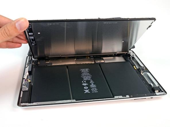 iFixit разобрали iPad 4. Видимых изменений во внутреннем дизайне не выявлено