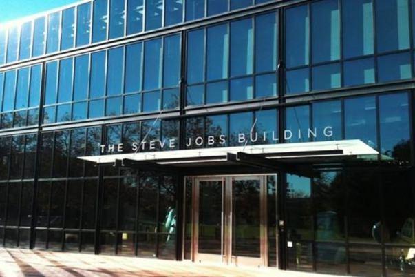 pixar-steve-jobs-2