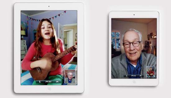 Рождественская реклама iPad 4 и iPad mini
