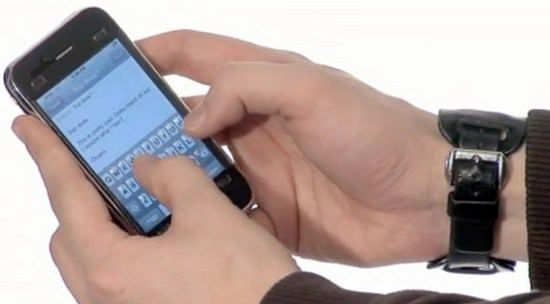 В США не продали iPhone покупателю с большими пальцами