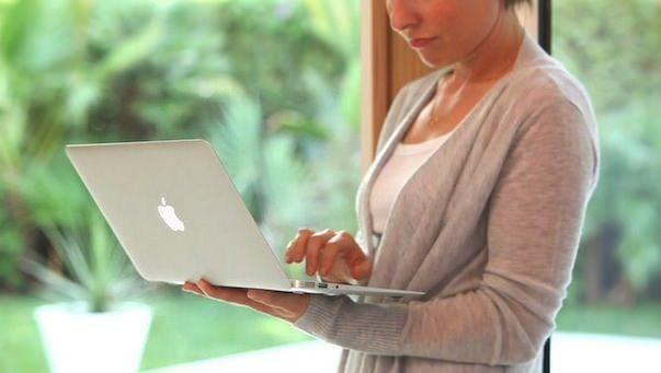 Владельцы продуктов Apple более щедры