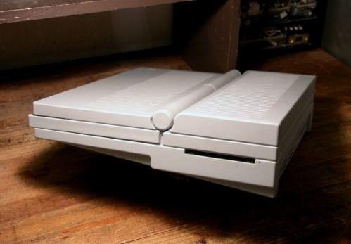 Эволюция устройств Apple. Компьютер Macintosh Portable 1989 год. (выпуск 11)
