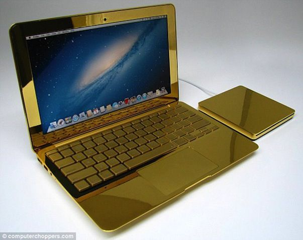 Золотые Macbook Pro, iMac, iPhone, iPad от компании ComputerChoppers