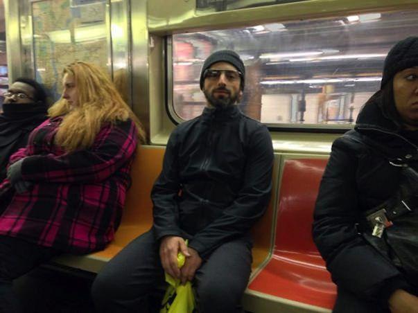 """Сергей Брин замечен в метро """"в очках терминатора"""" Google Glass"""