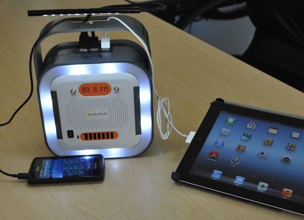 Solstice - внешняя батарея, способная зарядить iPhone 5 20 раз
