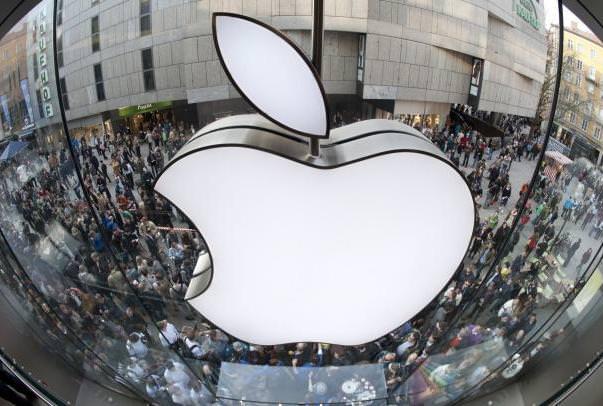 Аналитики прогнозируют 50 млн. проданных iPhone в 1-ом квартале и $ 1 111 за акцию Apple