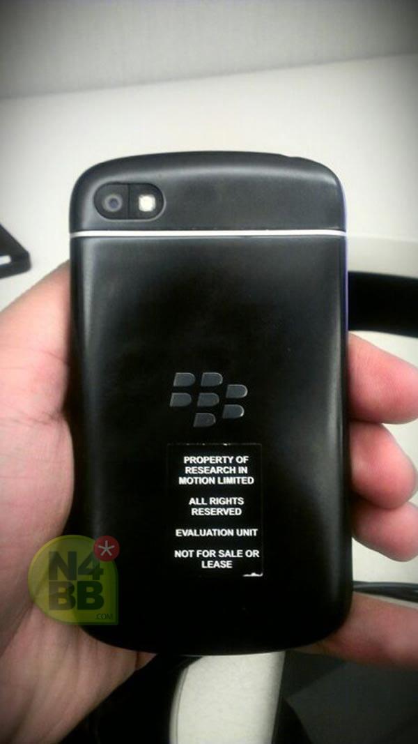 Новый смартфон от компании RIM