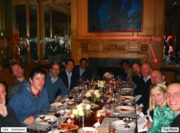 """Джони Айв """"разделил пиццу"""" в компании самых влиятельных топ-менеджеров Силиконовой долины"""
