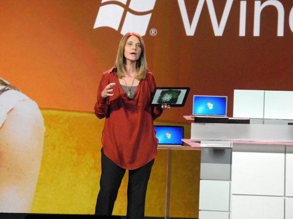 Windows 8 разошлась тиражом 60 миллионов копий за 10 недель
