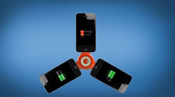 Как зарядить iPhone от iPhone
