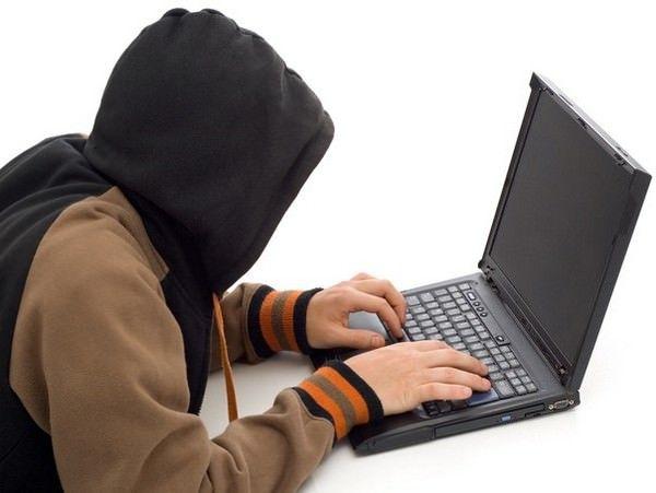 арестованы хакеры