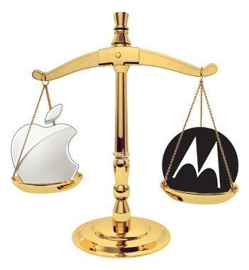 apple-and-motorola (1)