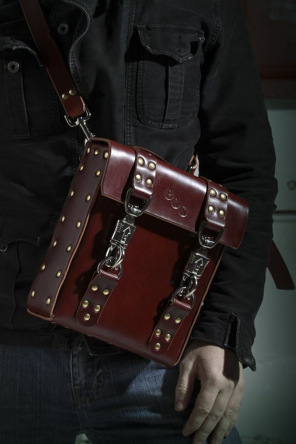 Дорогая сумка для iPad