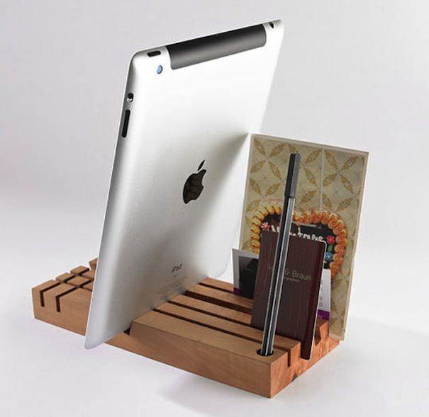 Tobago Pear - подставка для iPad