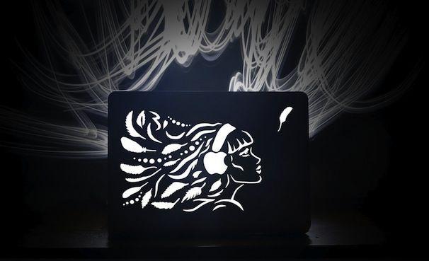 laser-cut-apple_macbook_uncover