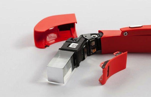 Google-Glass-tear-4