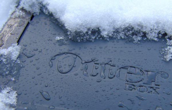 Чехлы OtterBox